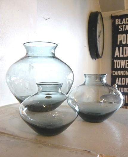 ヴィルヘルム・ヴァーゲンフェルトのハート型ガラス花瓶
