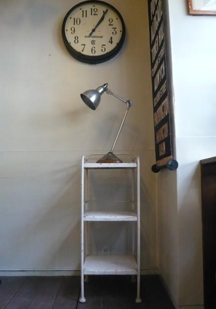ウッド・ベースのランプ・グラ
