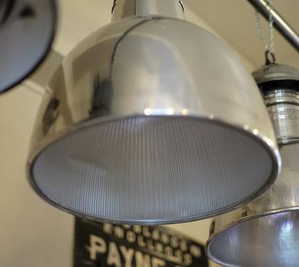 ホロフェン ガラスのインダストリアル・ペンダント・ランプ