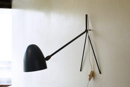 セルジュ・ムーユのデスクランプ ココット