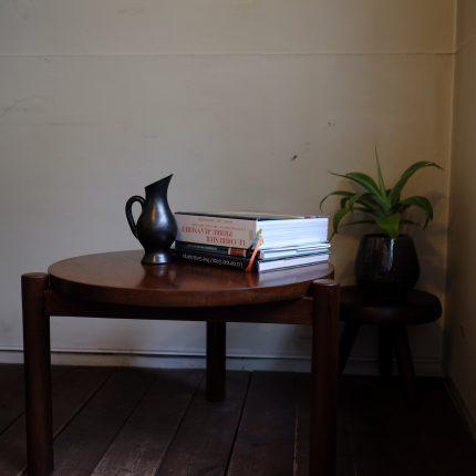 ピエールジャンヌレがチャンディガールのためにデザインしたコーヒーテーブル