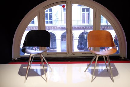 ロジェタロンのウインピーチェア 装飾芸術美術館の展示
