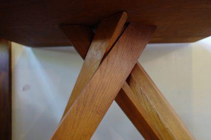 ピエールシャポーのテーブル